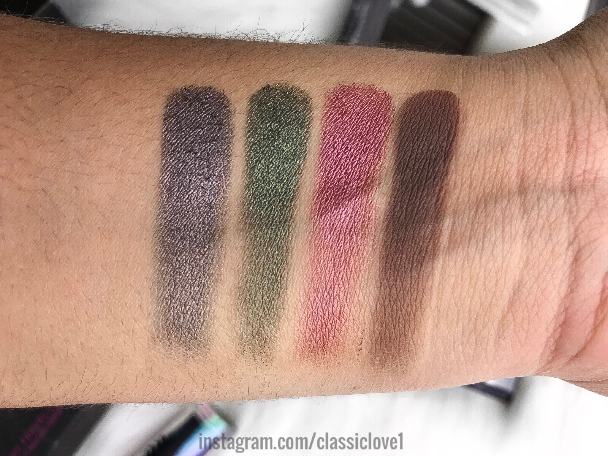 Game Of Thrones Eyeshadow Palette by Urban Decay #10